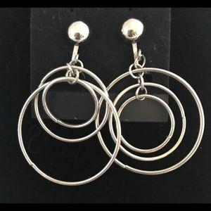 VINTAGE Three Hoop Silvertone Clip-on Earrings